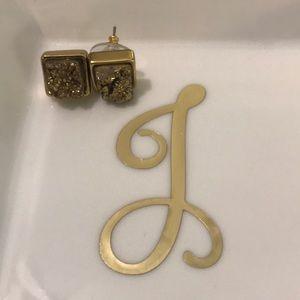 Jewelry - Gold druzzy studs